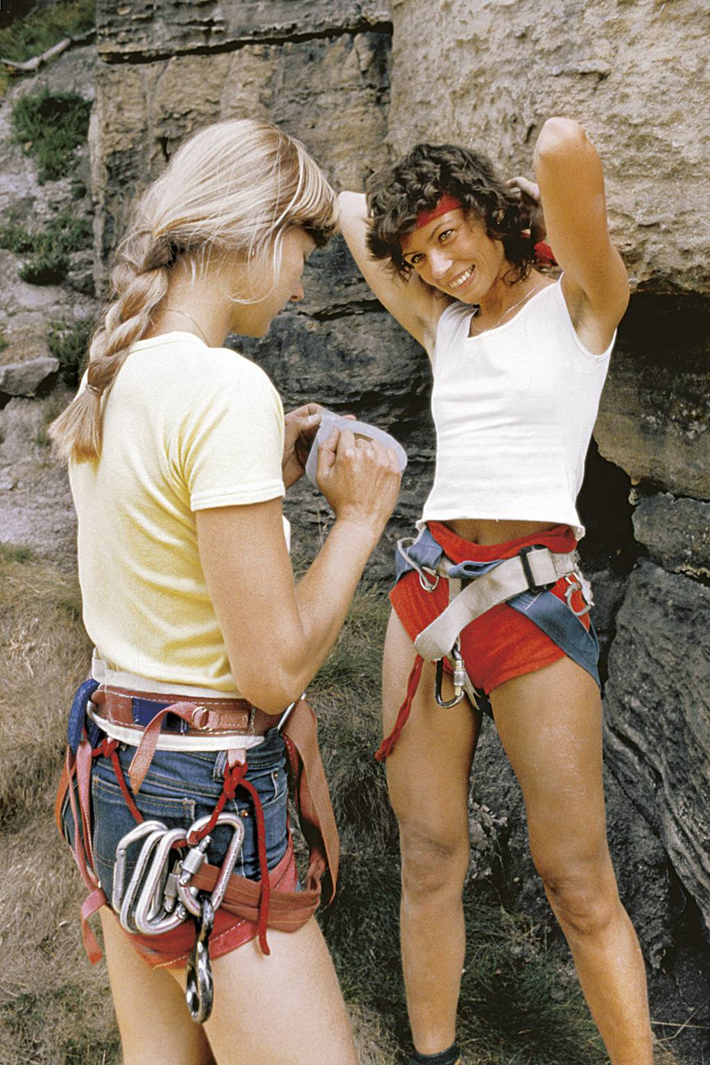 Of girls and boys on the rocks | eMontana