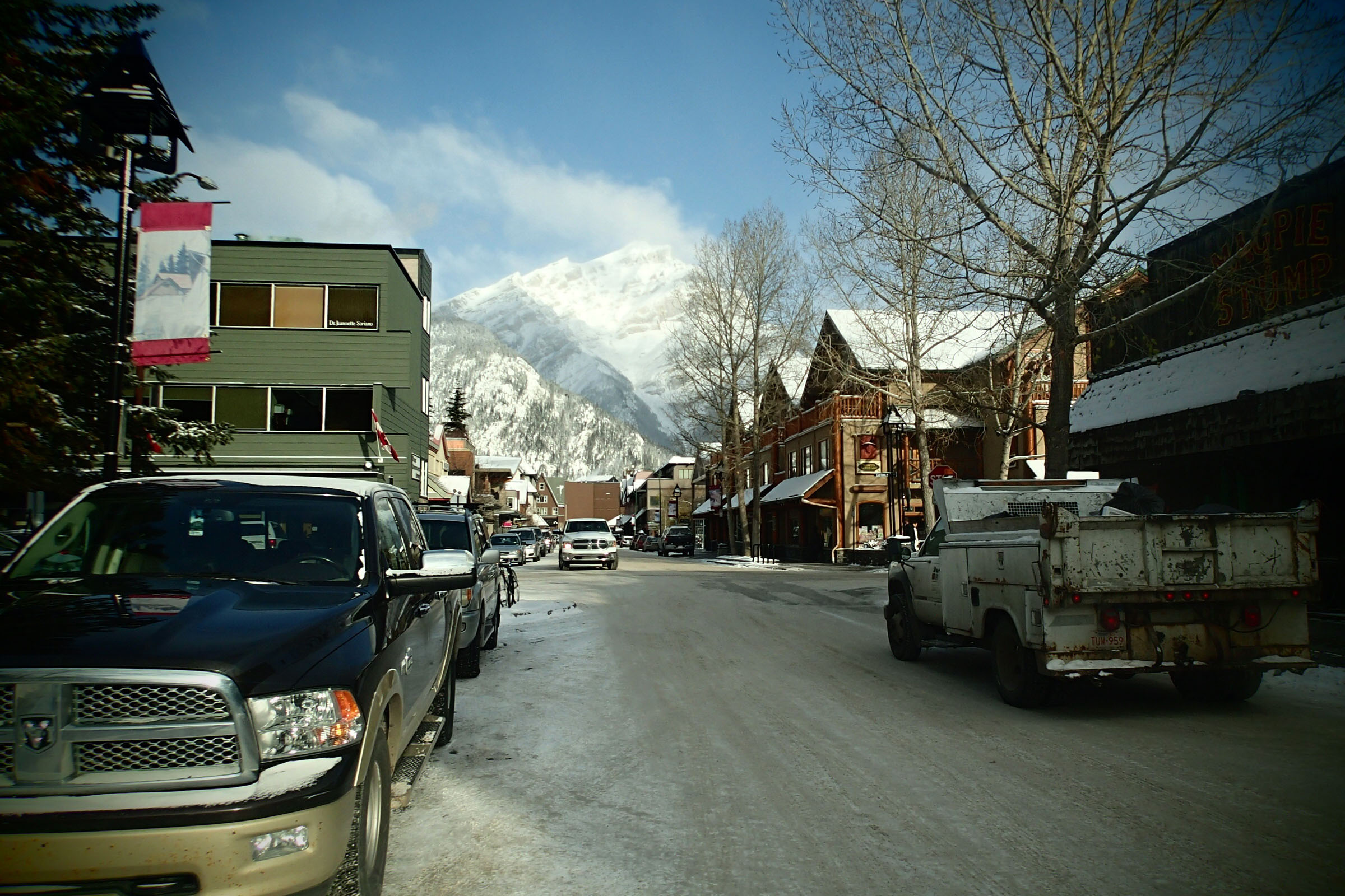 Pohled z hlavní ulice Banffu