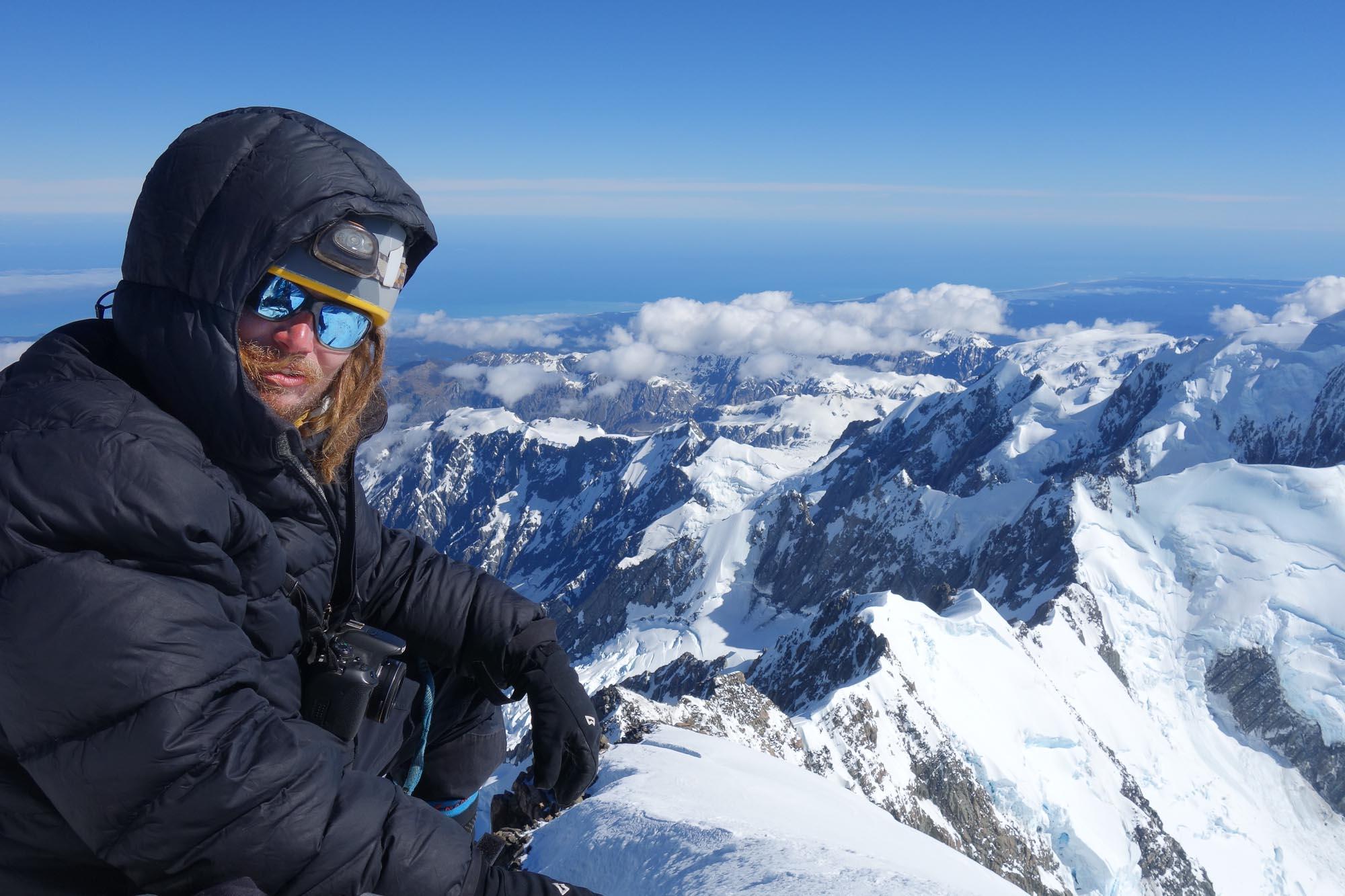 Jirka Pyšek na vrcholu Mt Cook (f  archiv autora) f8e9c09df7